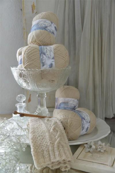 Pure Wool Dark Cream