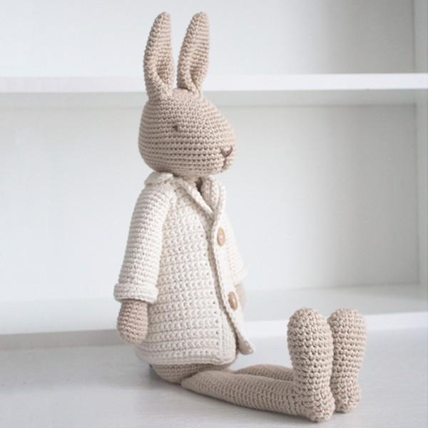 Big Mr. Bunny with jacket Anleitung Englisch